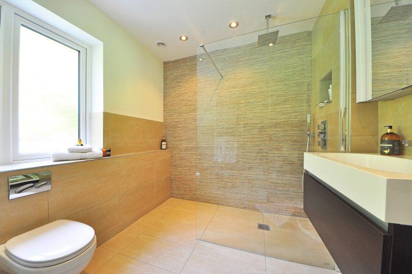 nettoyage carrelage salle de bain