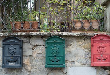 Boîte aux lettres : quelques idées de personnalisation avec les contraintes possibles